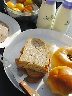 富良野で朝食