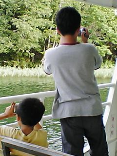 阿寒湖で観光船
